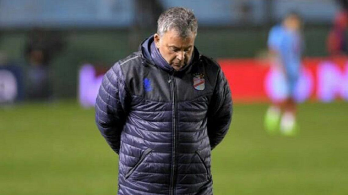 Humbertito no pudo enderezar el rumbo de Arsenal