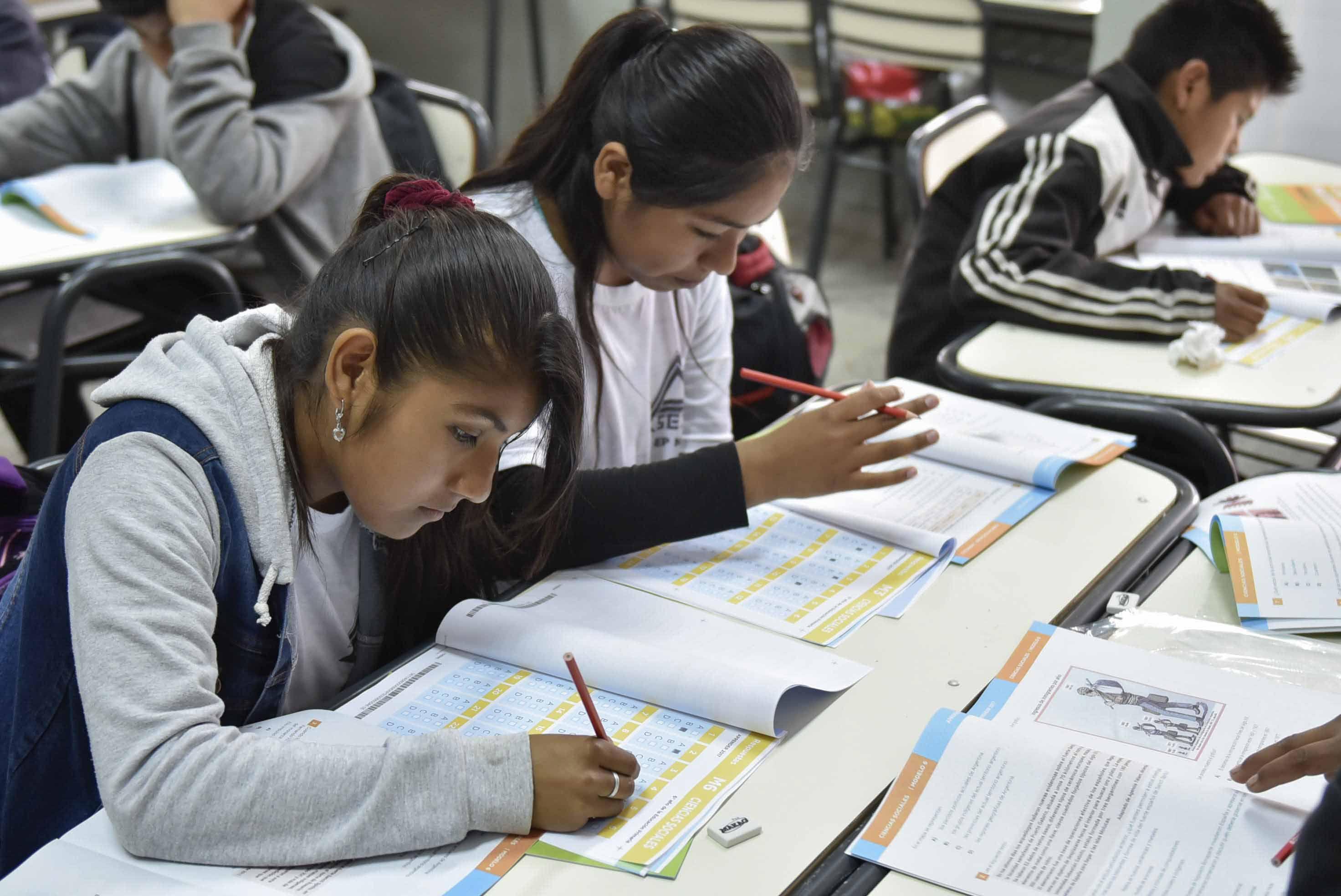 Pese a los rechazos, más de un millón de alumnos hicieron la prueba Aprender