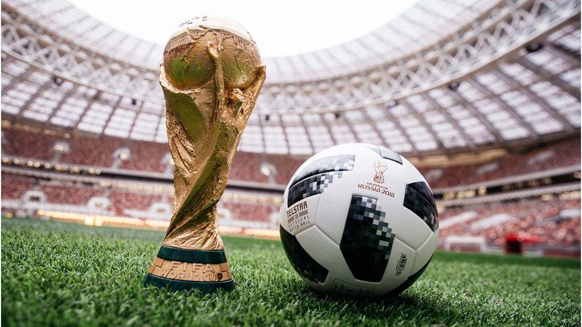 Resultado de imagen de pelota de rusia 2018