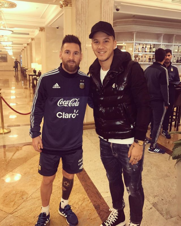 Messi se sacó una foto con Driussi, no lo reconoció y después le pidió disculpas