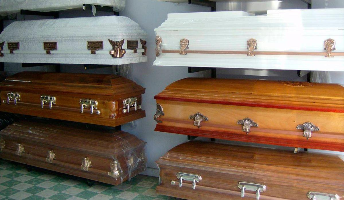 Escalofriante: denuncian que hay un mercado negro de ataúdes en Córdoba