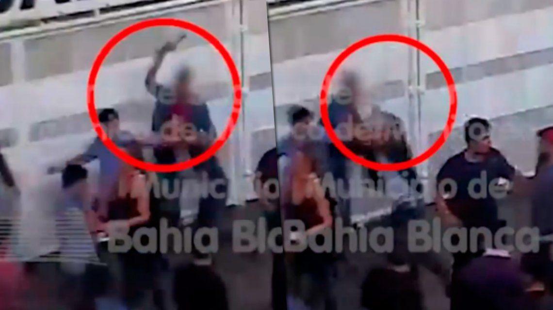 VIDEO: Batalla campal a la salida de un club en Bahía Blanca