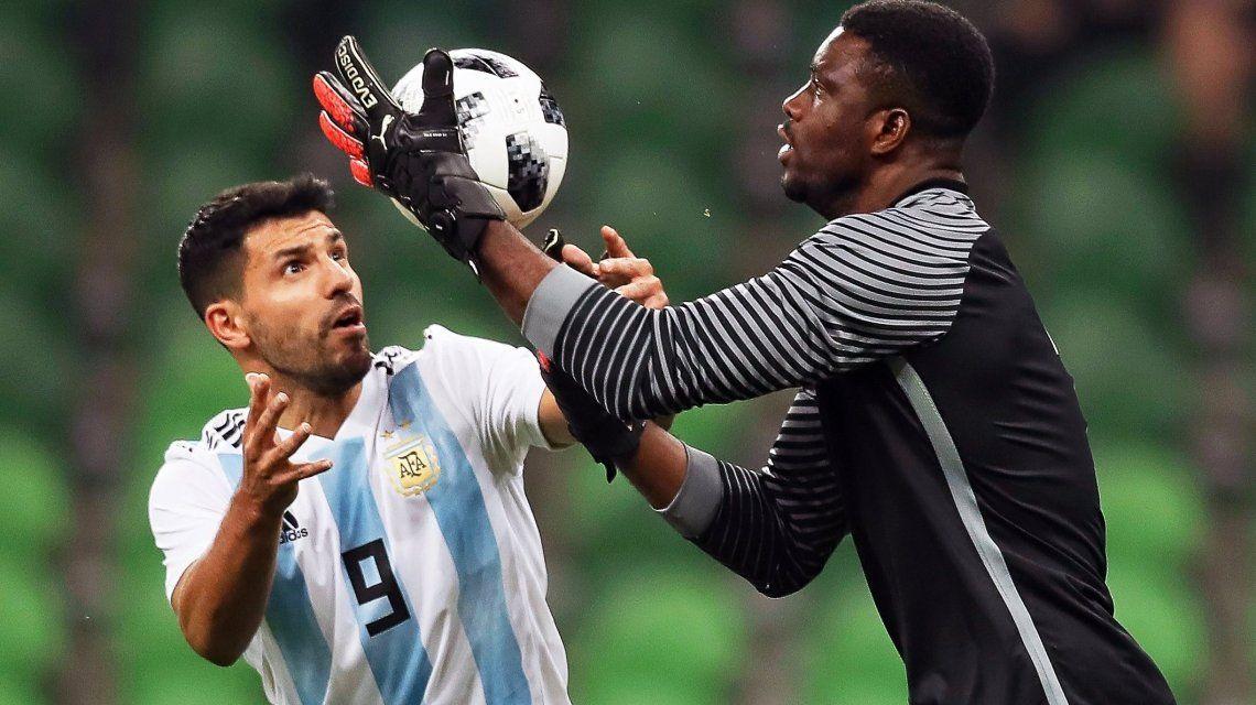 Durísima caída de la Selección ante Nigeria en el último amistoso del año: todos los goles