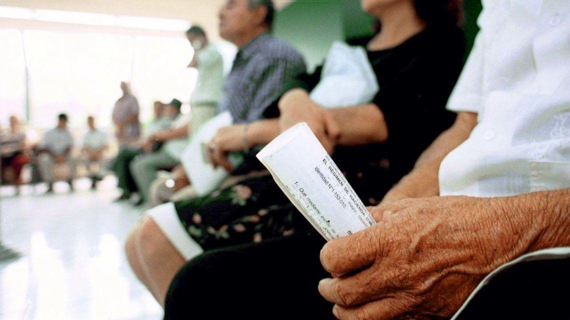 Podrán acceder jubilados y beneficiarios de la AUH