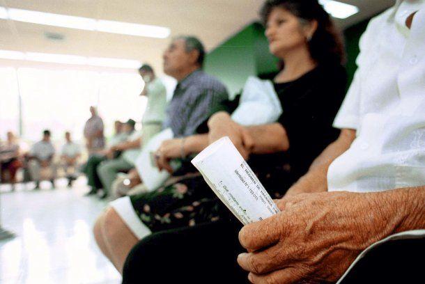 Podrán acceder jubilados y beneficiarios de la AUH<br>