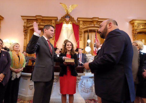 Goodman jura ante los representantes de la Cámara de Ohio