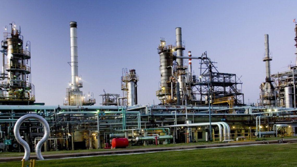 Los trabajadores de Oil acusan a Abad: ¿Quiere cobrar o condenar a los trabajadores