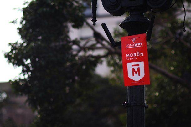 Morón WiFi estará disponible en diferentes espacios públicos del Municipio.