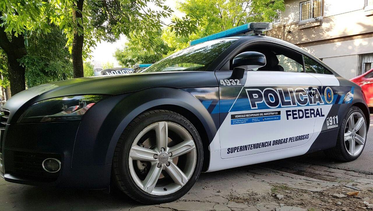 El Audi TT recuperado del narcotráfico y que ahora es un patrullero de la Policía Federal