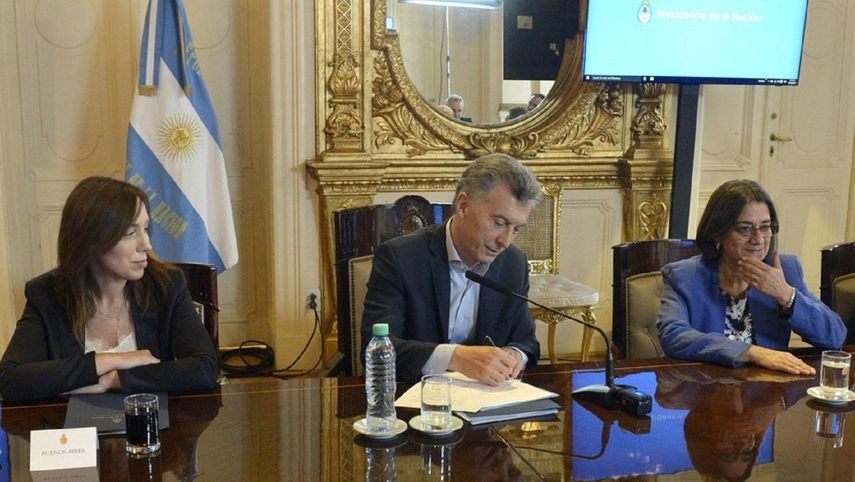 Mauricio Macri firmó la semana pasada el acuerdo con gobernadores que prevé cambios en las jubilaciones.