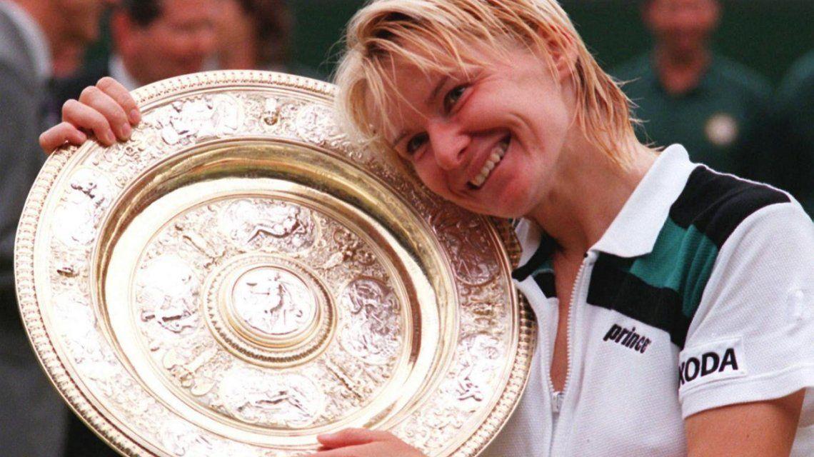 Tras una larga lucha contra el cáncer, murió la ex tenista Jana Novotna a los 49 años