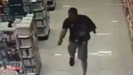 VIDEO: Un policía de civil mató a dos ladrones con su bebé en brazos