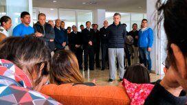 Macri se reunió con los familiares de los tripulantes