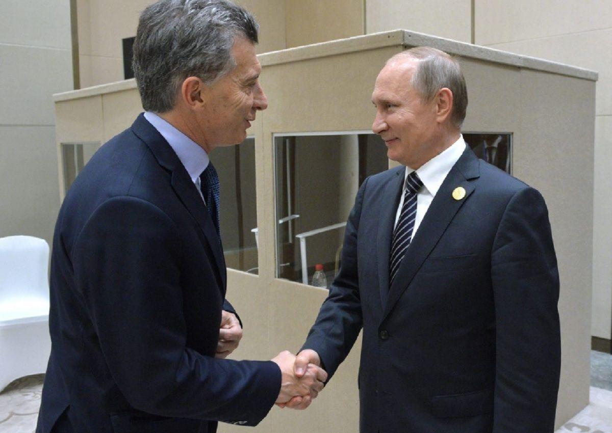 Putin llamó a Macri y le ofreció ayuda para encontrar el submarino