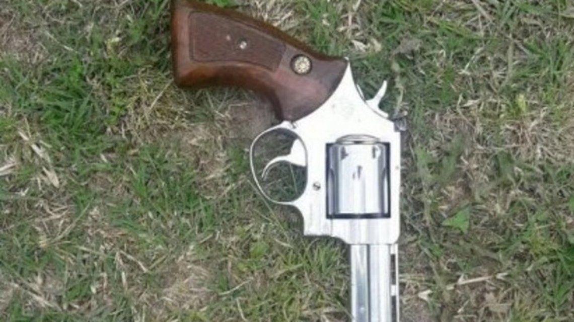 El arma que le secuestraron aJosé Pepito Echegaray.