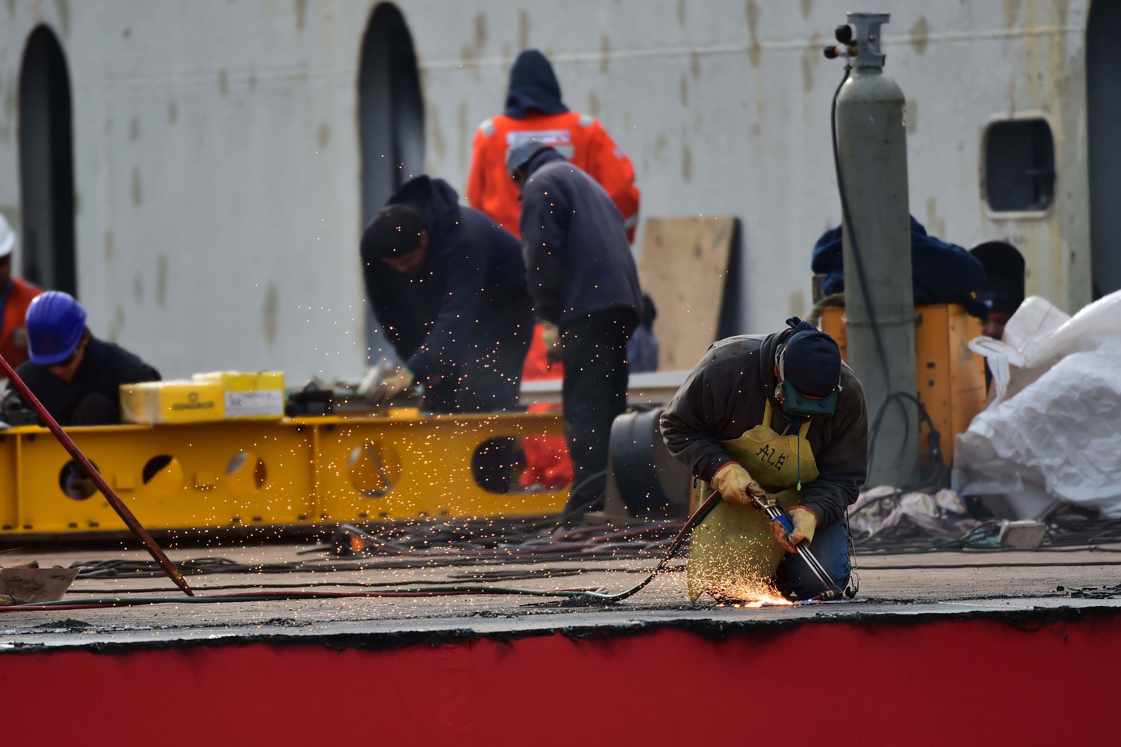 Enviarán dos médicos en el mini submarino de EEUU a la zona de rescate