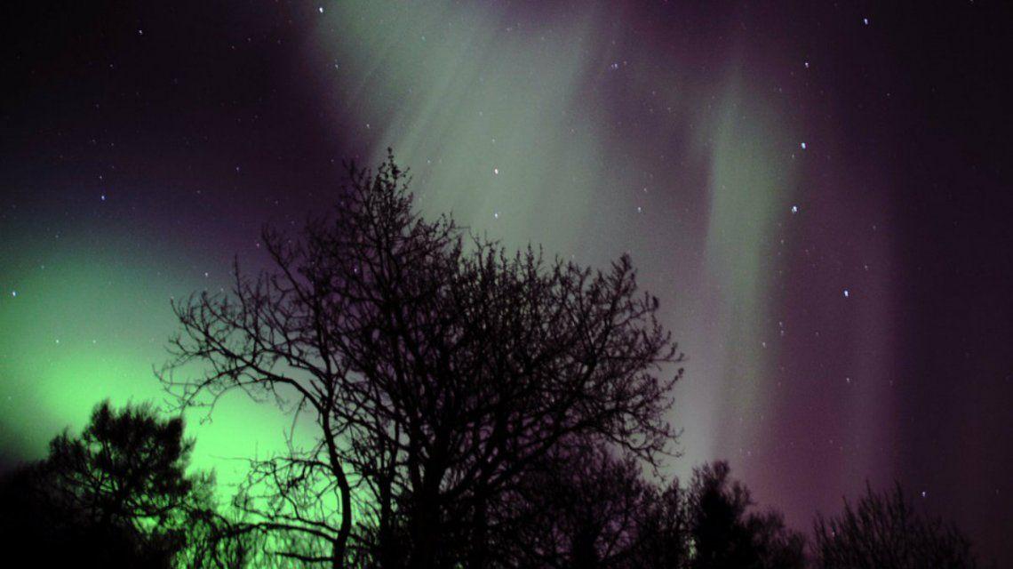 Las luces de la aurora boreal surcan los cielos noruegos de septiembre a marzo