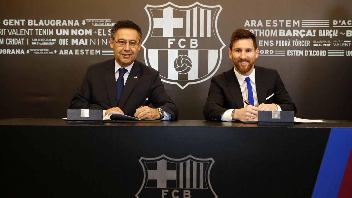 Messi firmó su renovación con el Barcelona