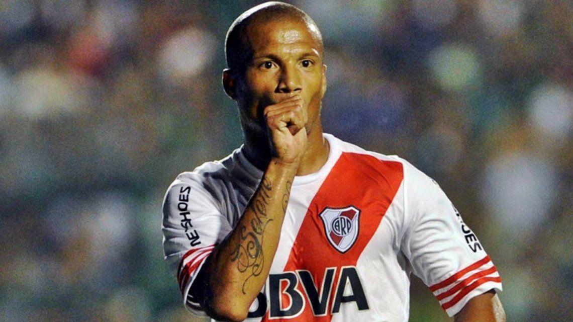 Carlos Sánchez no quiere volver a River