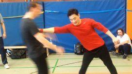 Logró hacer el legendario golpe de Bruce Lee
