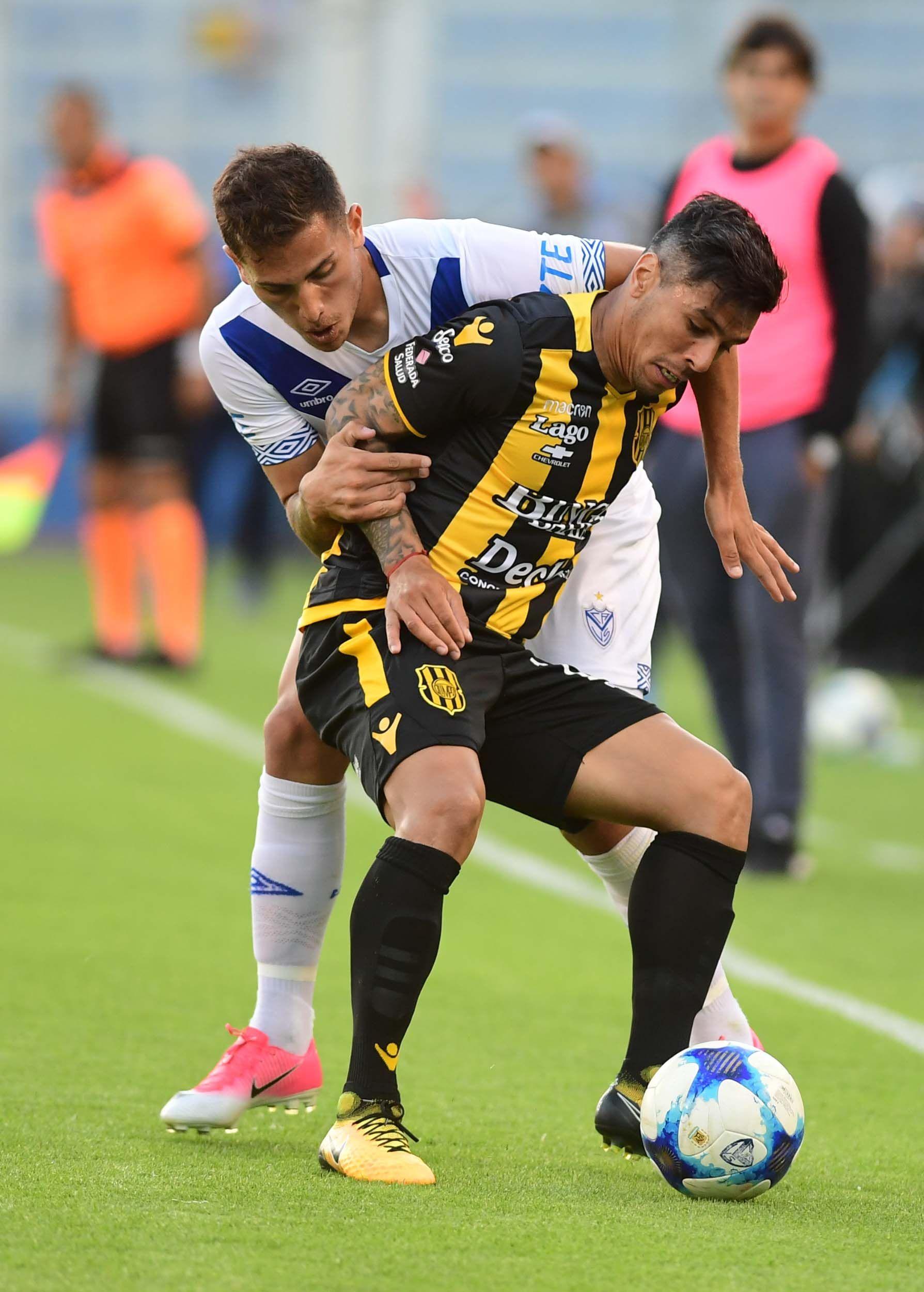 Vélez Sarsfield 3 - Olimpo de Bahía Blanca 0