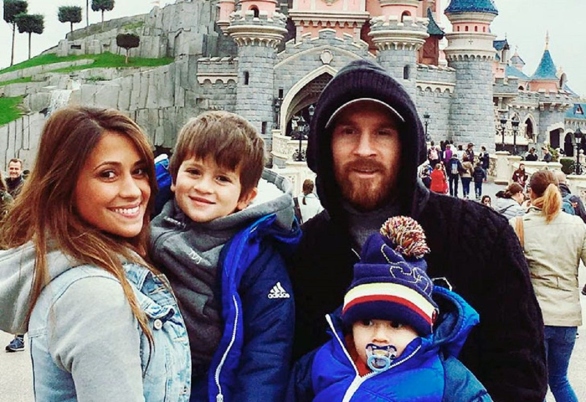 Messi y su familia viajaron a Finlandia a conocer a ¡Papá Noel!