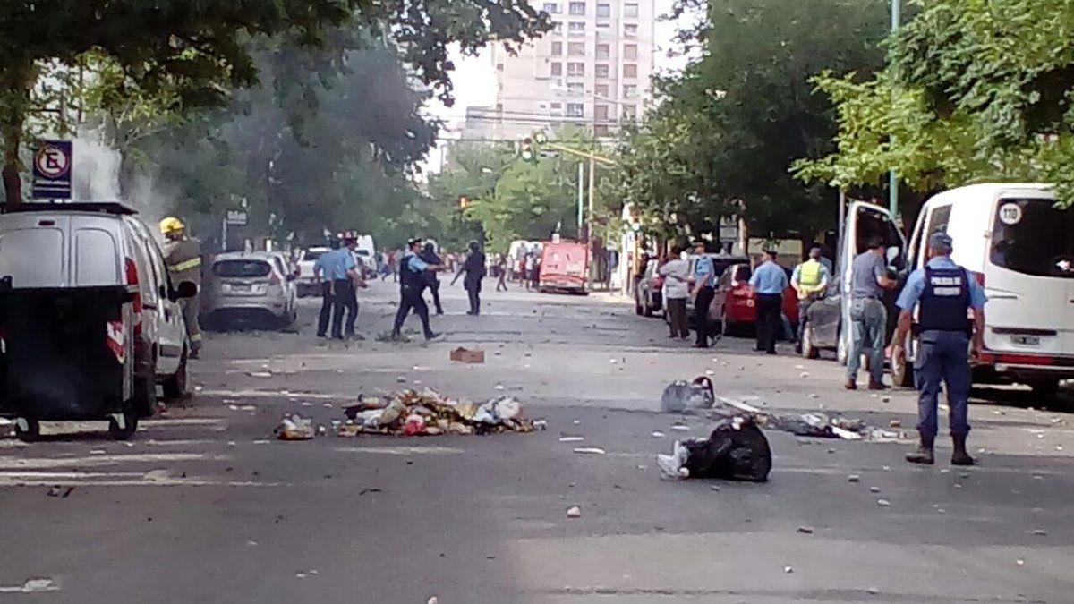 La Policía corrió a los tiros a los manifestantes de ATE