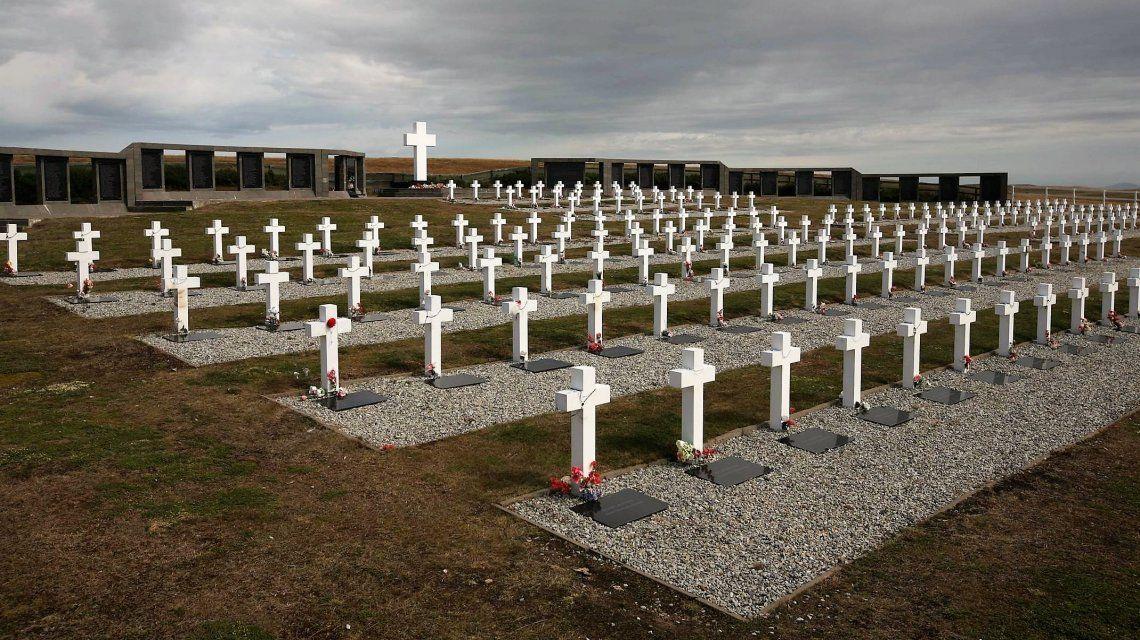 Identificaron a 88 de los soldados argentinos caídos en la guerra de Malvinas