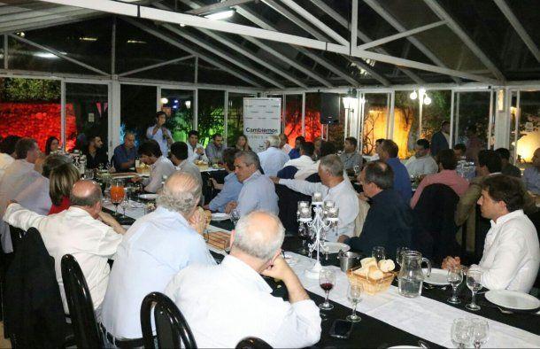 Néstor Grindetti encabezó la reunión de la tercera sección<br>