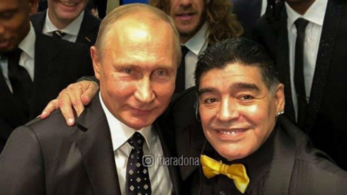 Maradona sonriente junto a Putín