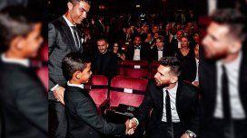 El hijo de CR7 estrenó su cuenta de Instagram con un mensaje a Messi
