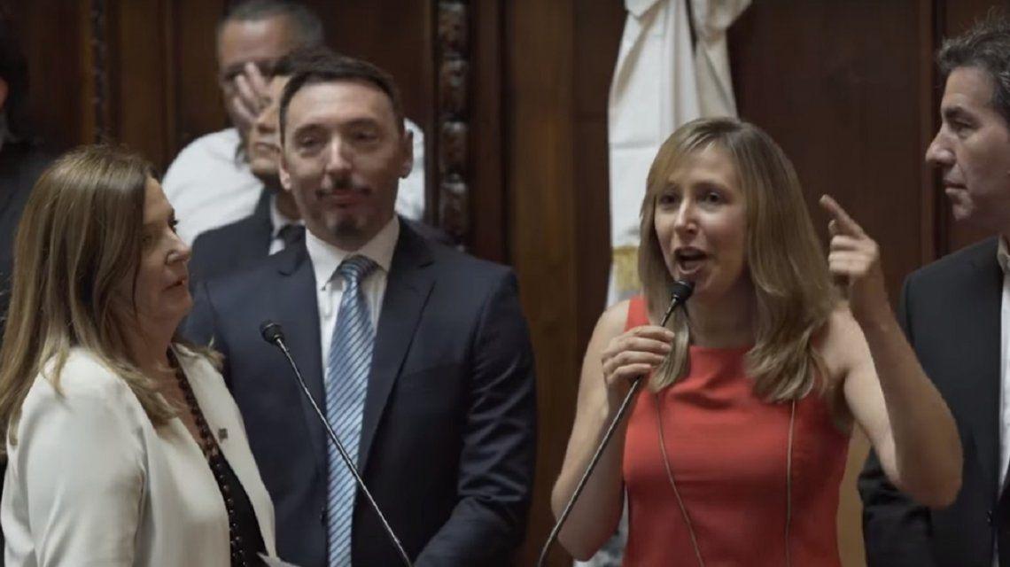 Myriam Bregman juró como legisladora porteña.