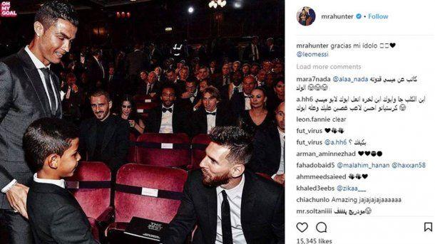 CR7, su hijo y Messi; la foto que se publicó en la cuenta de Cristiano Jr. en Instagram.
