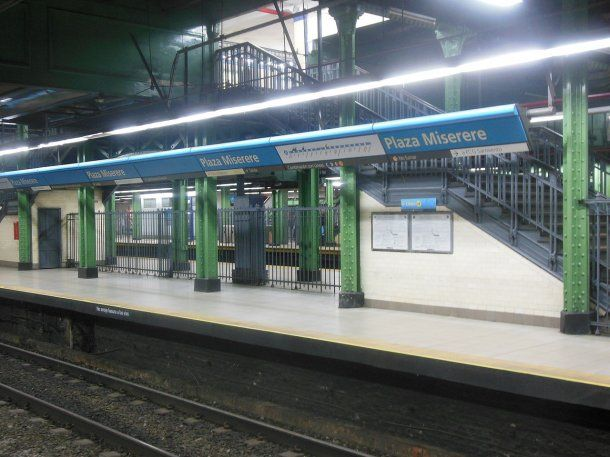 Estación Plaza Miserere