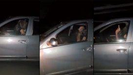 Los filmaron teniendo sexo al volante a más de 100 km/h y así reaccionó él