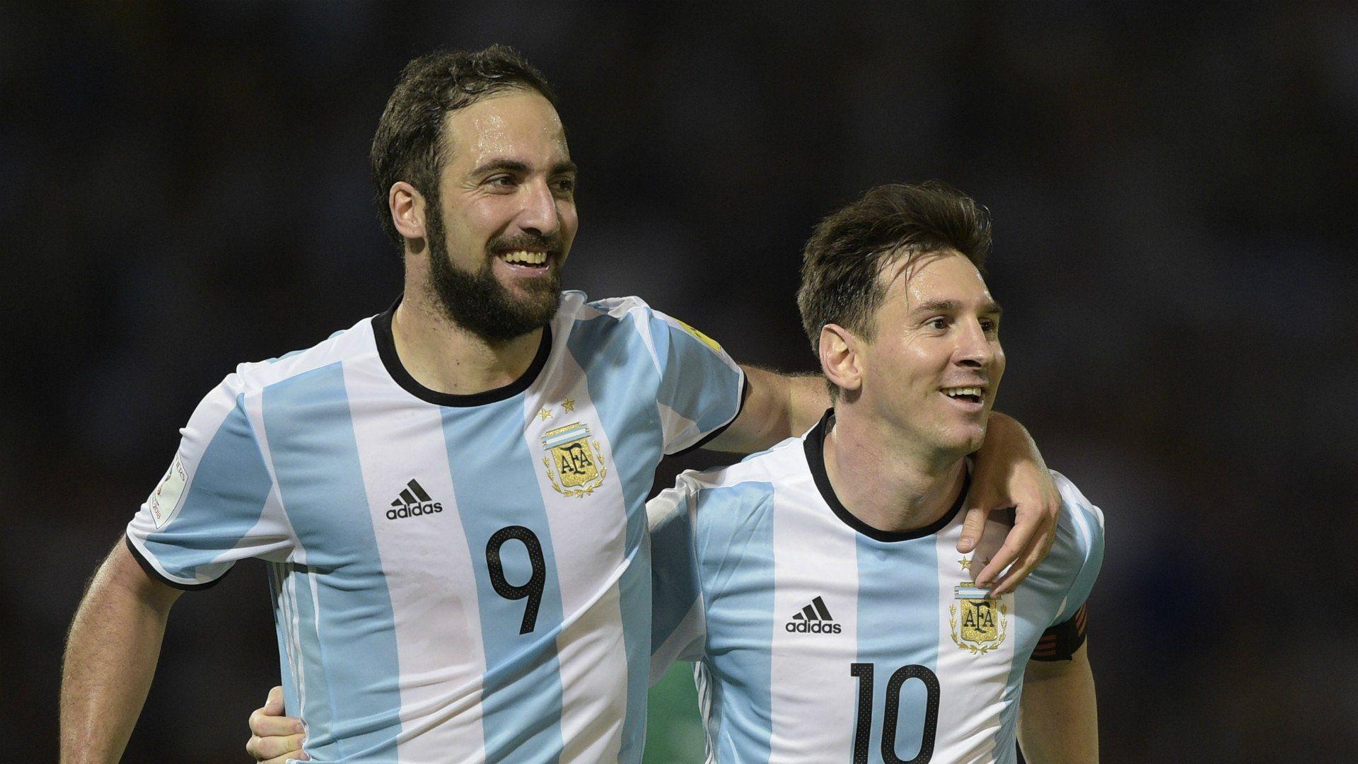 Messi fijó su posición: presión a Sampaoli y banca a Higuaín