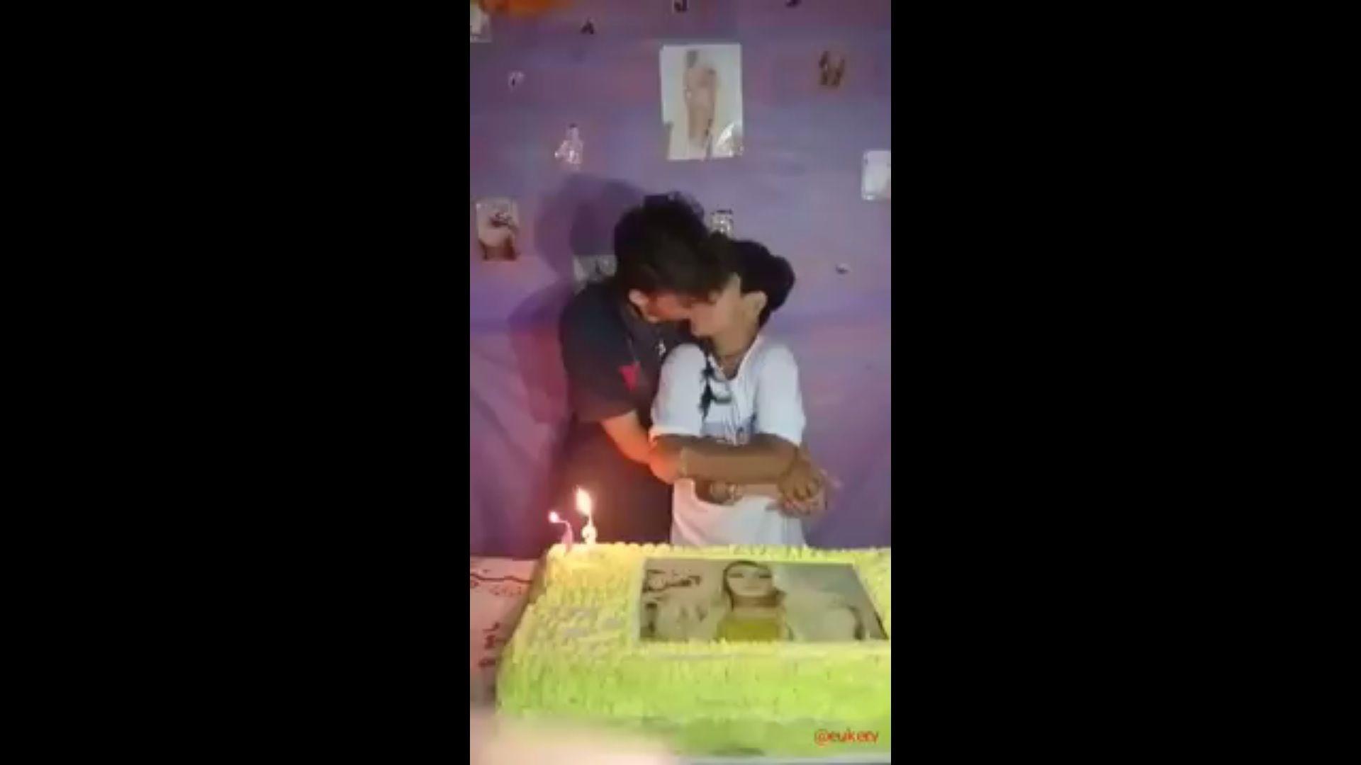 Insólita polémica en Brasil por el beso de un nene con su novio