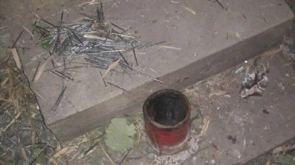 Fabricó una bomba casera, le explotó y tras días de agonía, murió