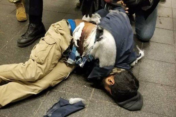 <p>El sospechoso fue identificado comoAkayed Ullah</p>