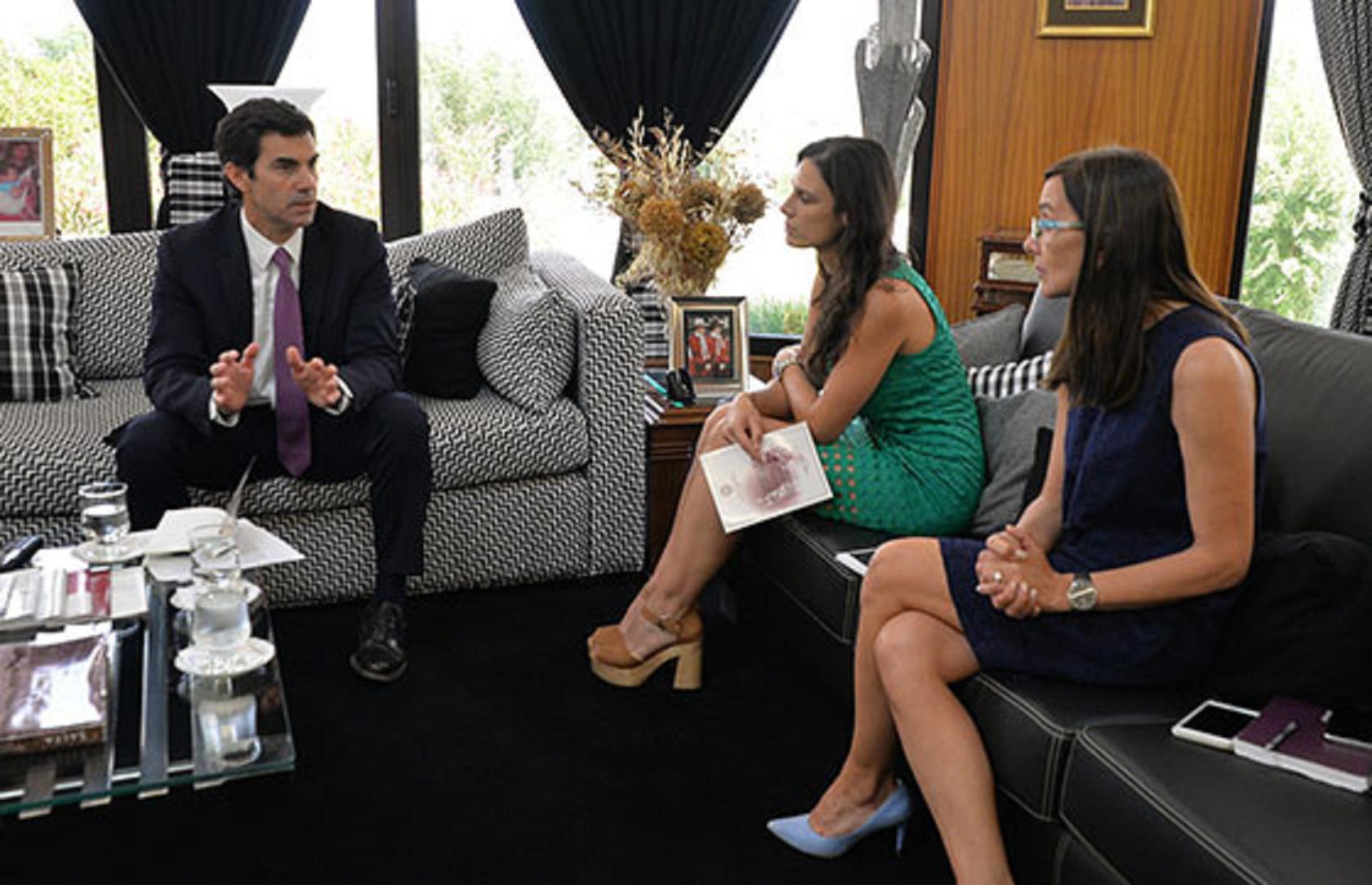 Juan Manuel Urtubeyse reunió con la ministra de Educación