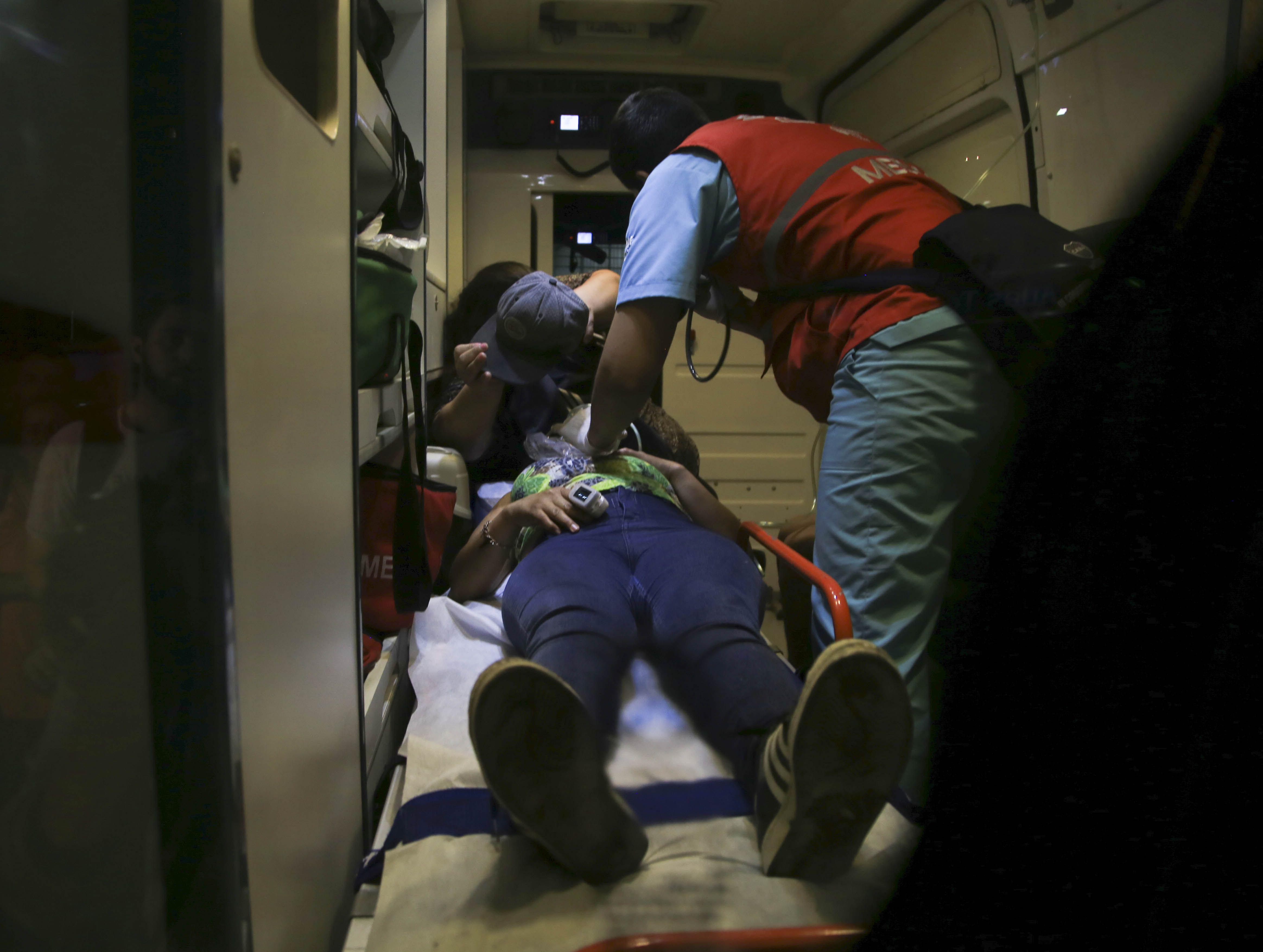 Así trasladaban a los heridos tras la marcha de la OMC