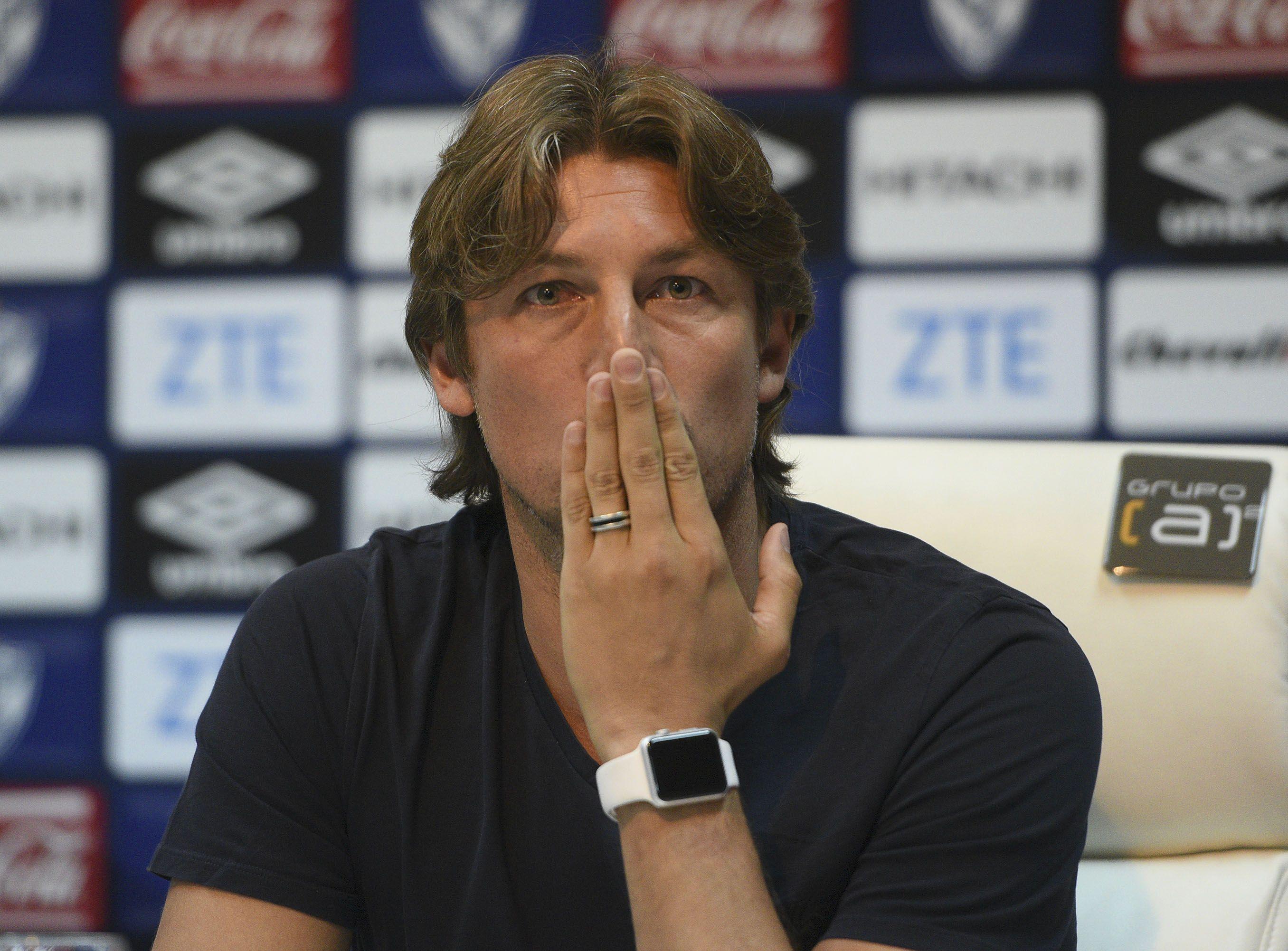 Gabriel Heinze fue presentado como DT de Vélez
