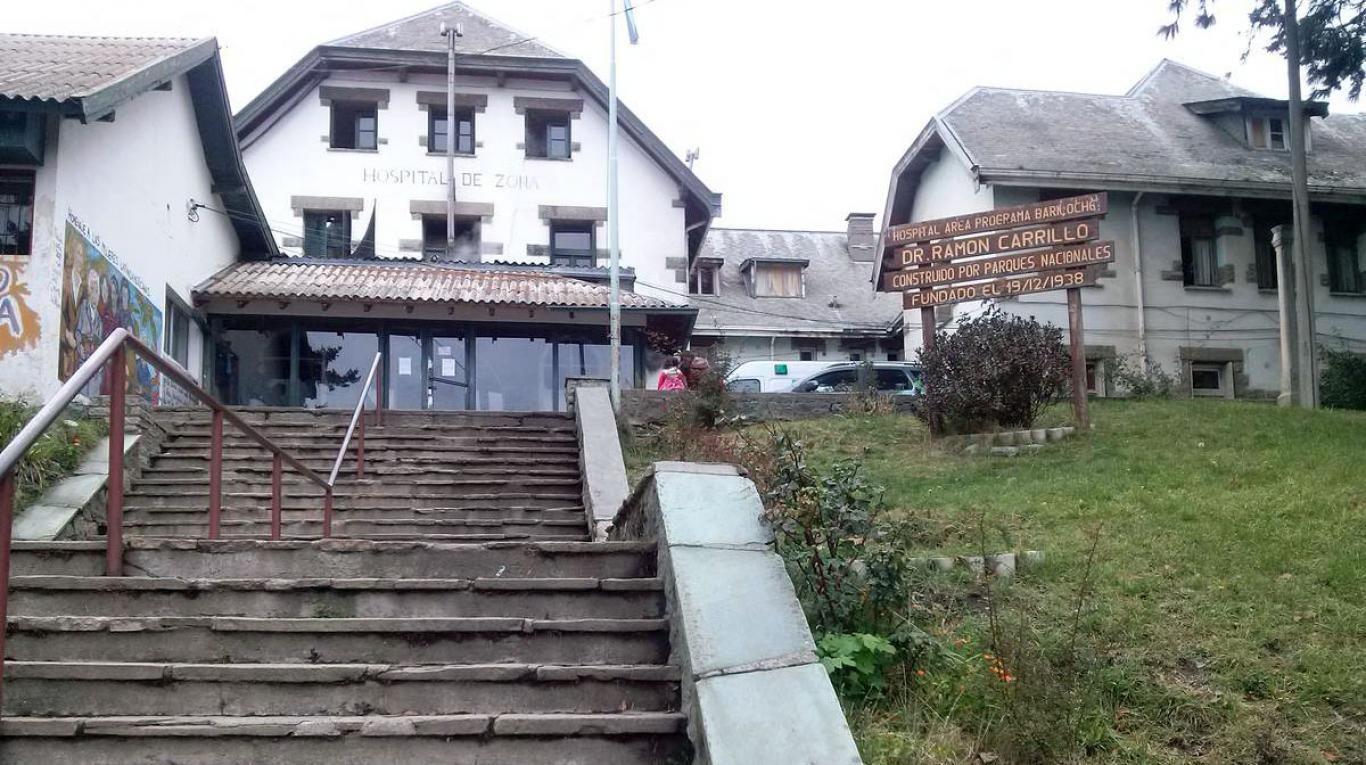 Una chica fue violada y golpeada por cinco jóvenes en una fiesta en Bariloche