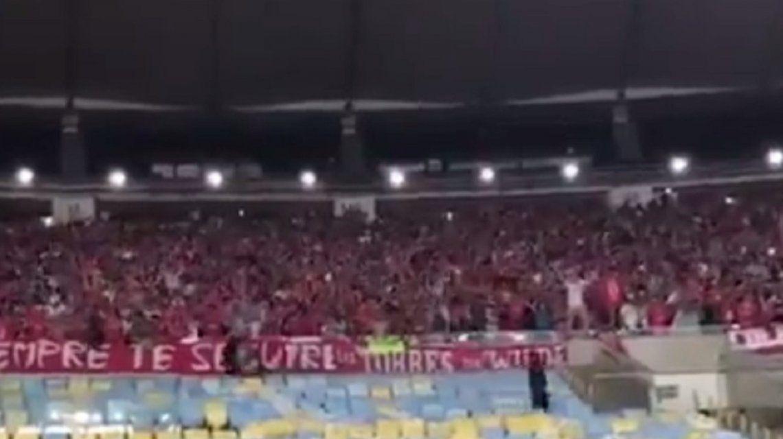 Festejo de los hinchas de Independiente