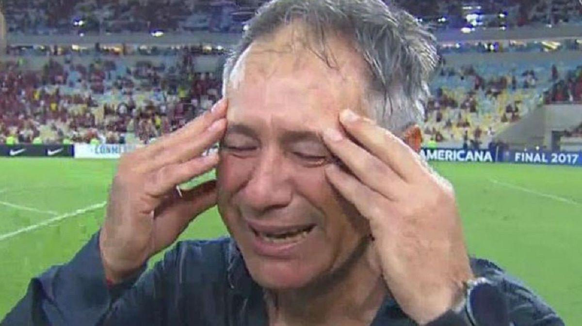 Ariel Holan emocionado tras ganar la Copa Sudamericana 2017