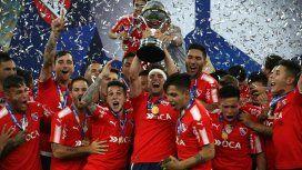 Tagliafico levanta la Copa en el Maracaná