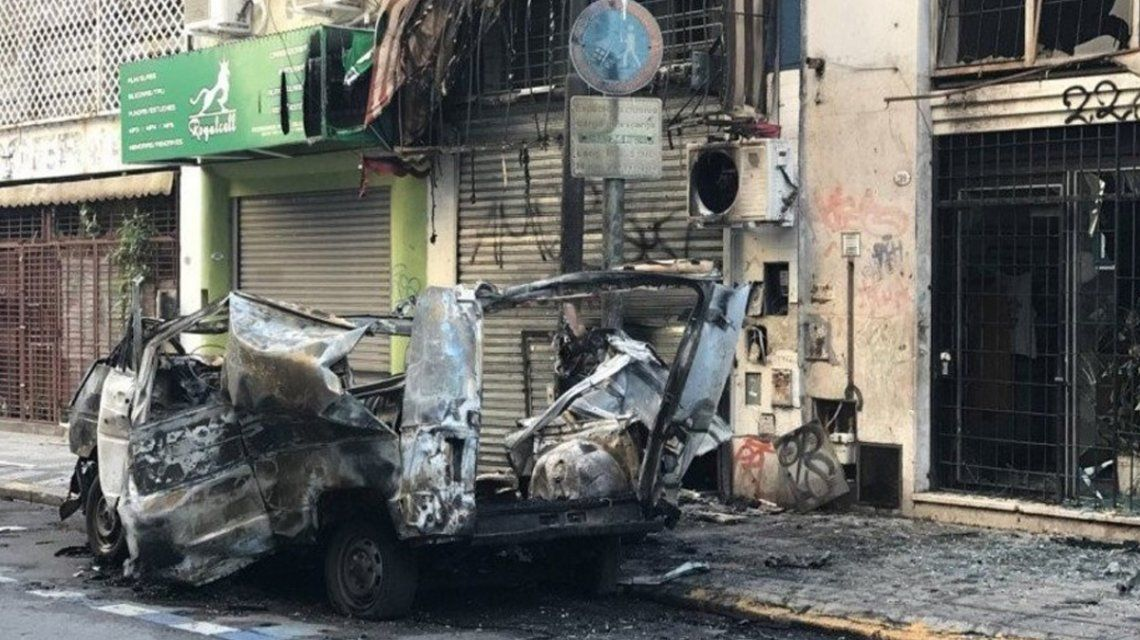 Explotó una camioneta cerca del Congreso de la Nación
