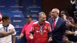 El entrenador del Rojo, en plena locura