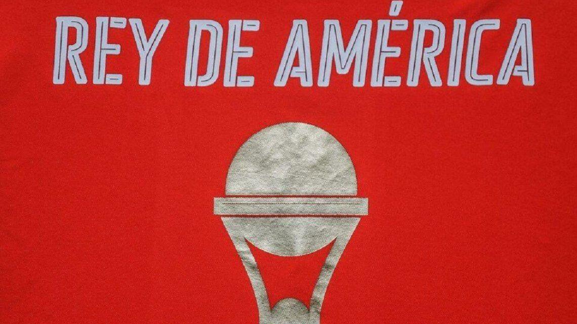 Camiseta de Independiente por la Copa Sudamericana