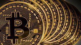 ¿Chau dólar? El bitcoin no para de subir y se afianza como refugio de ahorristas